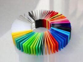 Farbiges Plexiglas